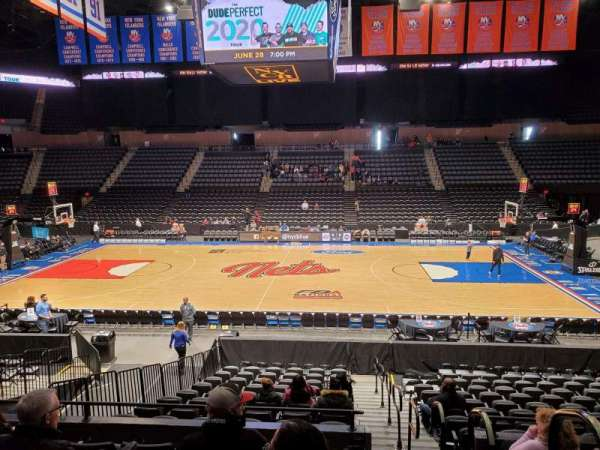 Nassau Veterans Memorial Coliseum, section: 103, row: 6, seat: 1