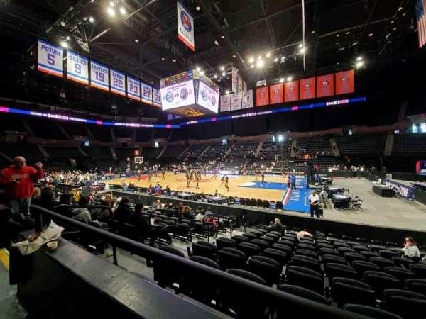 Nassau Veterans Memorial Coliseum, section: 101, row: 1, seat: 11