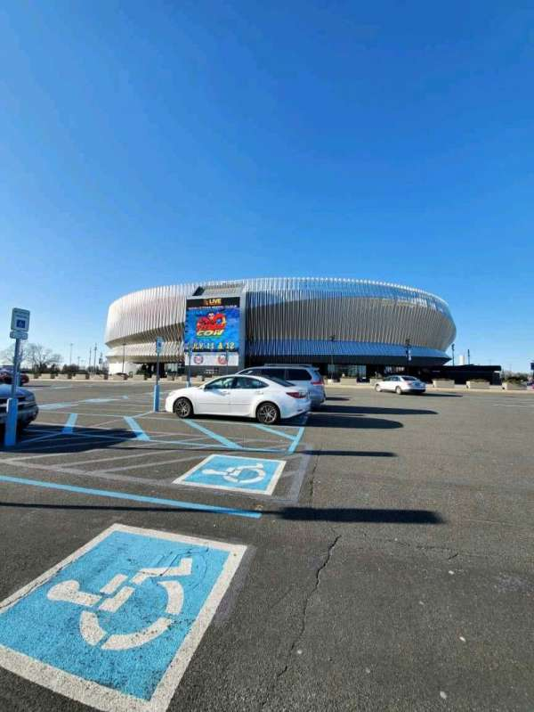 Nassau Veterans Memorial Coliseum, section: EXTERIOR