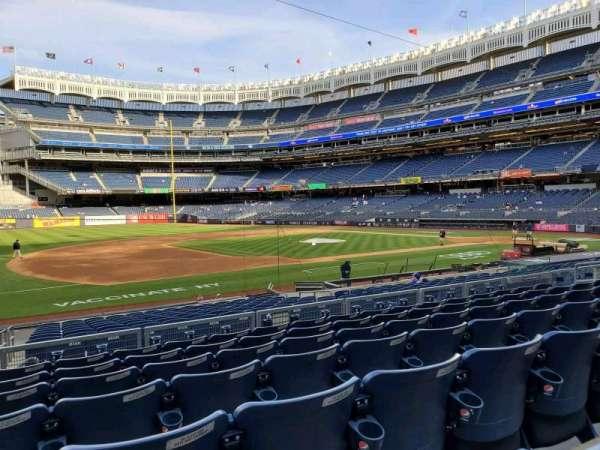 Yankee Stadium, section: 126, row: 7, seat: 16