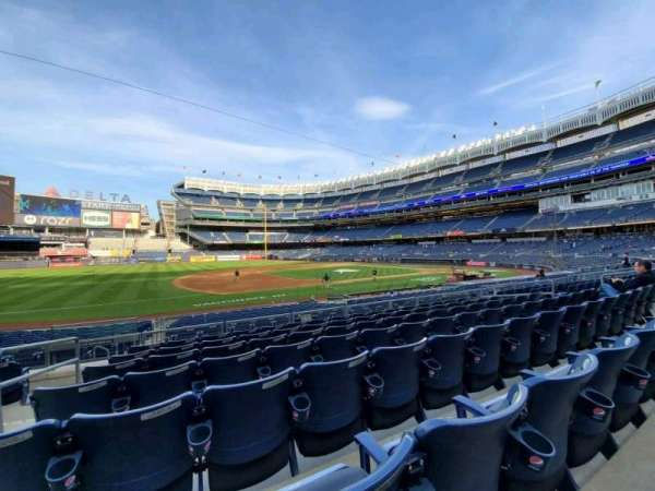 Yankee Stadium, section: 126, row: 7, seat: 15