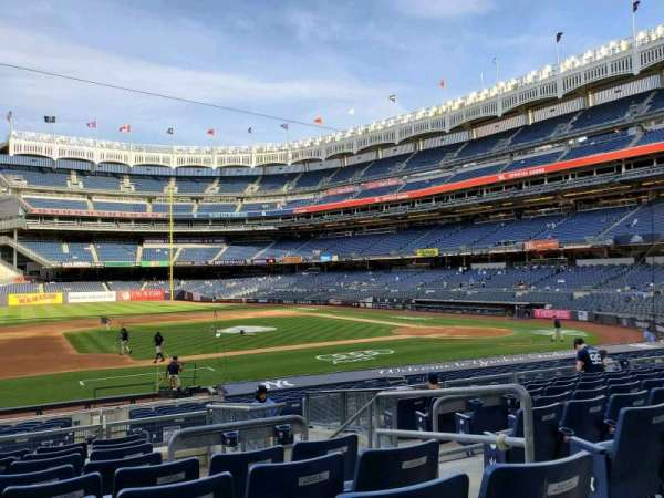 Yankee Stadium, section: 125, row: 9, seat: 4