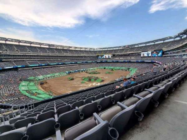 MetLife Stadium, section: 244, row: 12, seat: 22