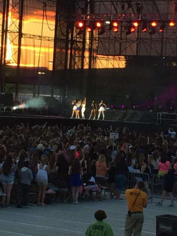 Hershey Park Stadium, section: 28, row: AA, seat: 17
