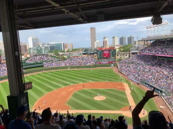 Wrigley Field, section: 413L, row: 5, seat: 5