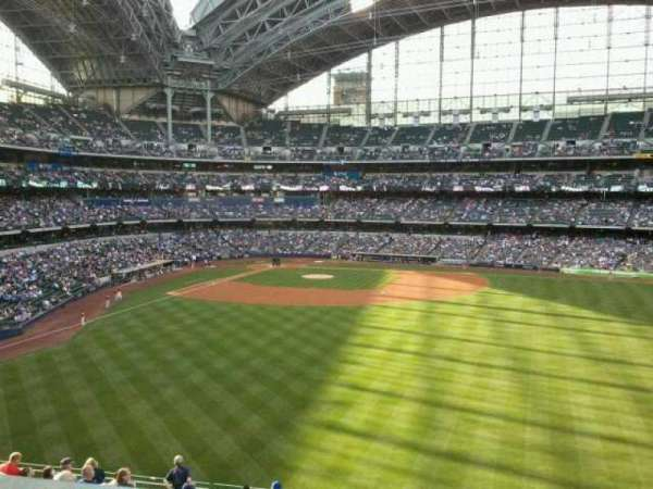 Miller Park, section: 202, row: 14, seat: 14