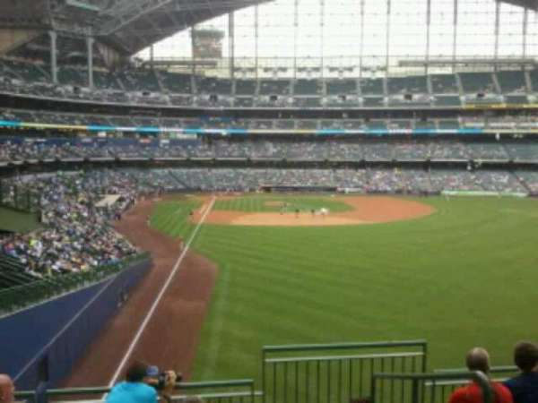 Miller Park, section: 305, row: 6, seat: 11