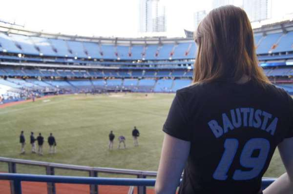 Rogers Centre, section: 105R, row: 1, seat: 5