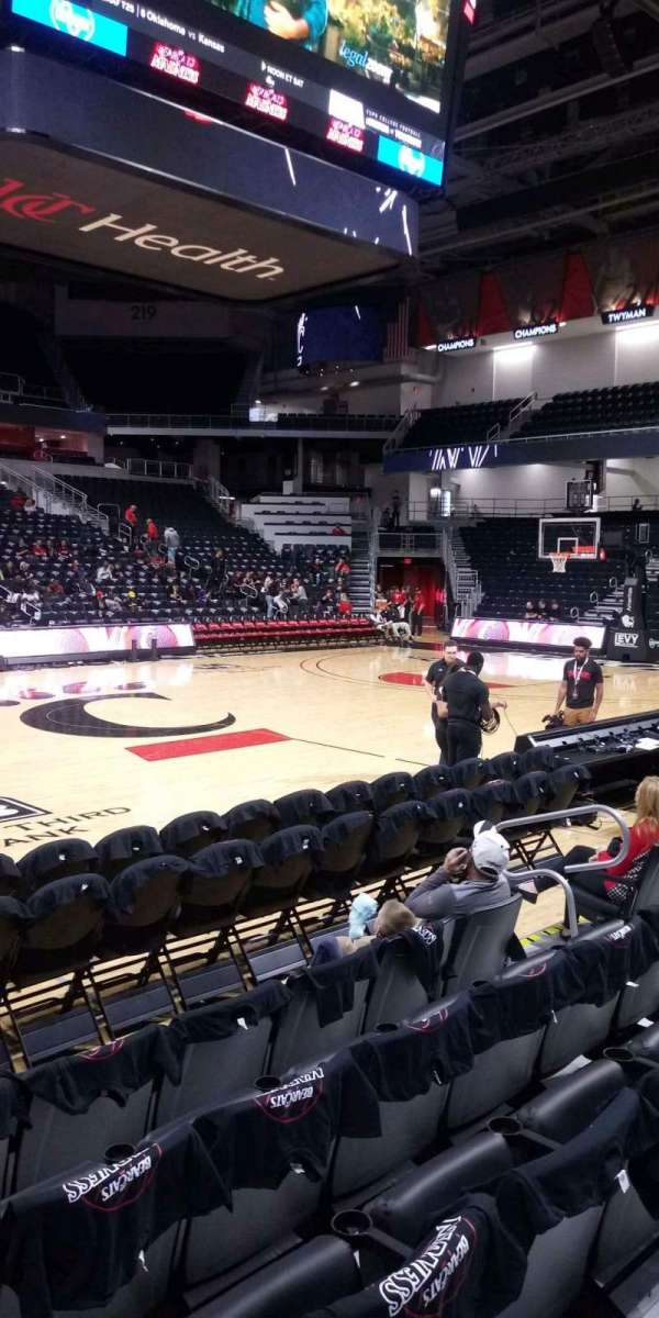 Fifth Third Arena, section: 105, row: 5, seat: 8