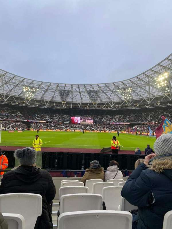 London Stadium, section: 125, row: 7, seat: 495