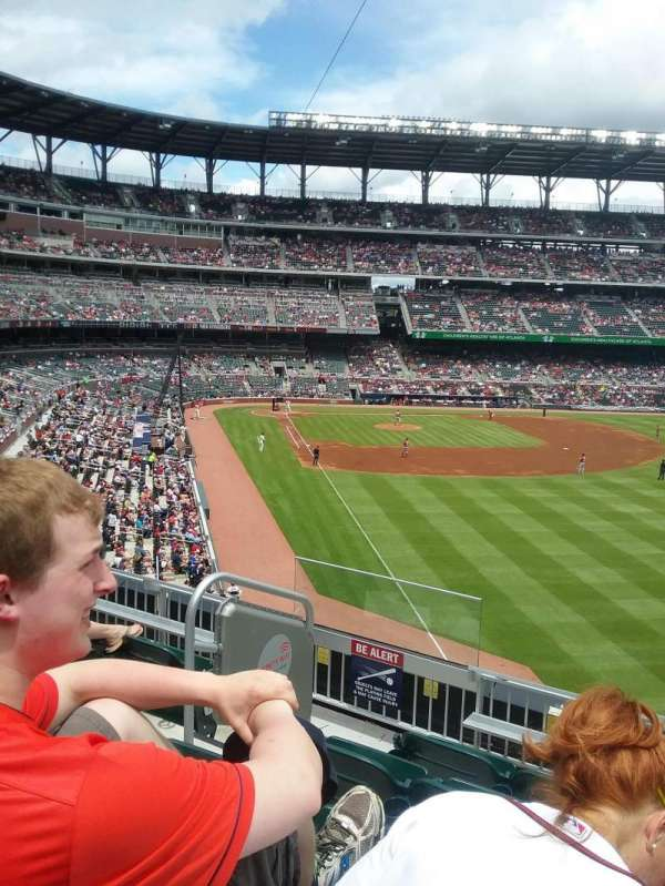 Truist Park, section: 210, row: 5, seat: 9