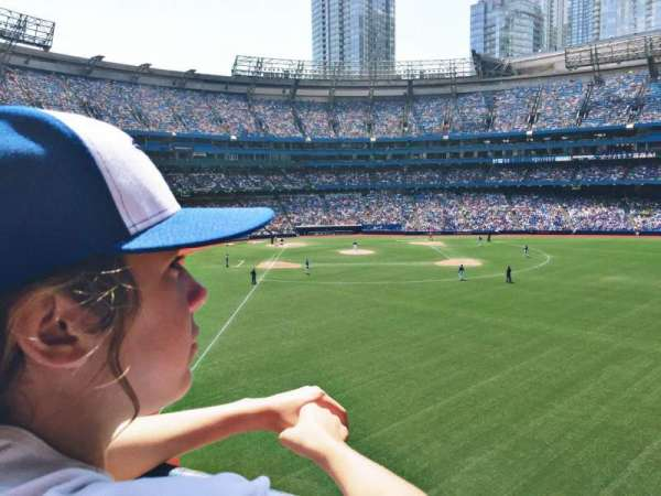 Rogers Centre, section: 209R, row: 1, seat: 9