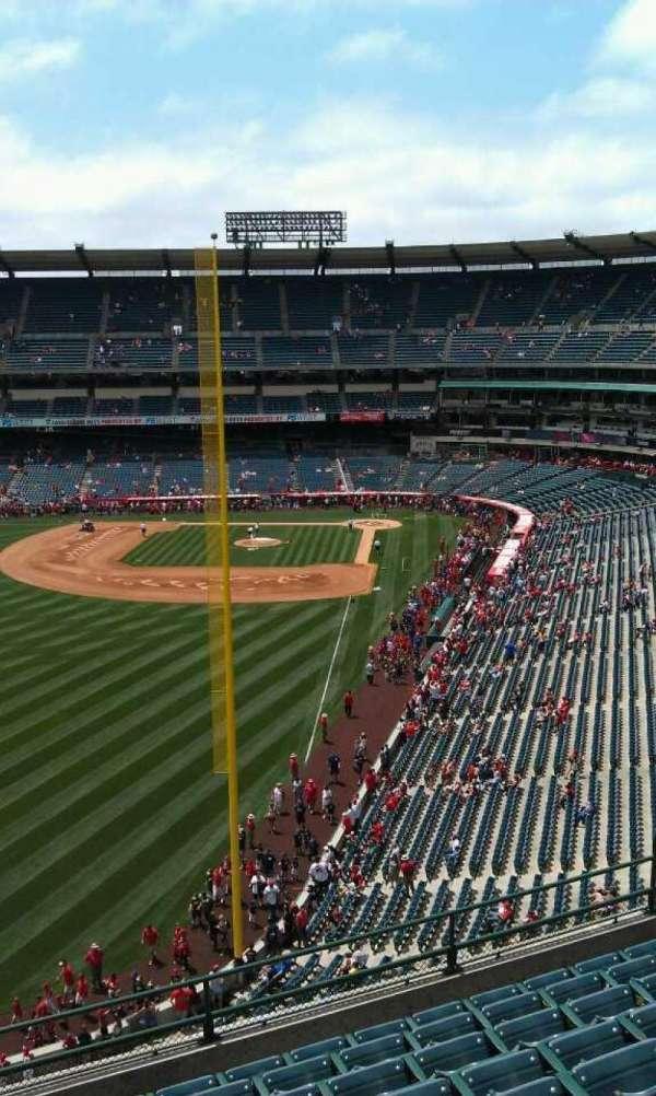 Angel Stadium, section: V402, row: j, seat: 3