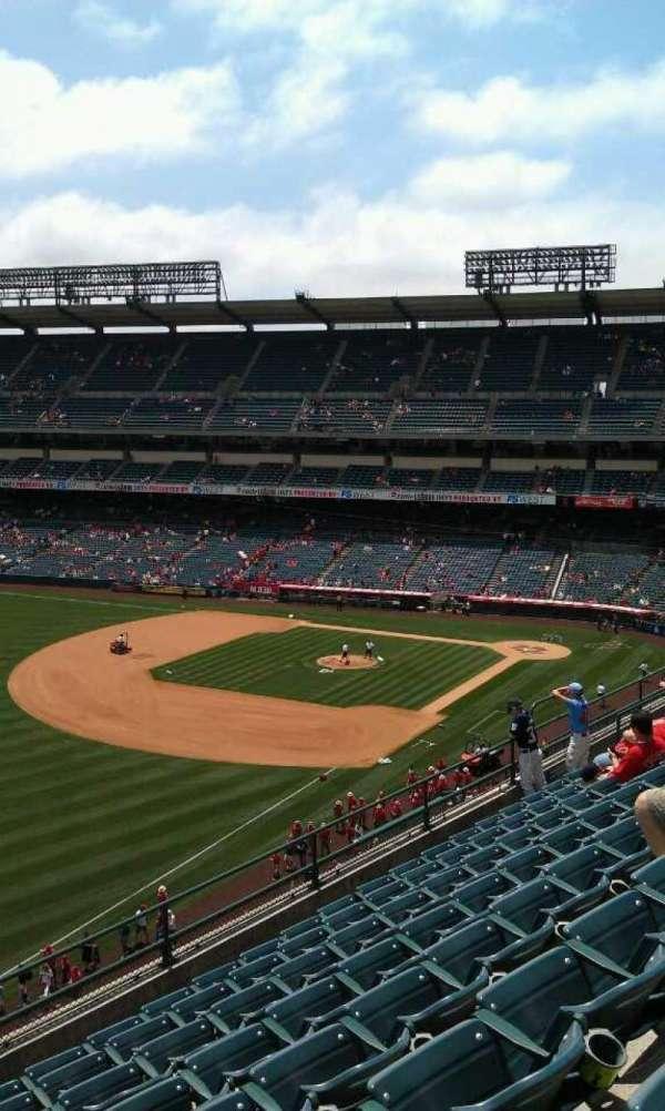 Angel Stadium, section: V408, row: h , seat: 1