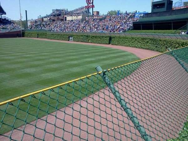 Wrigley Field, section: Bleachers, row: 1, seat: 4