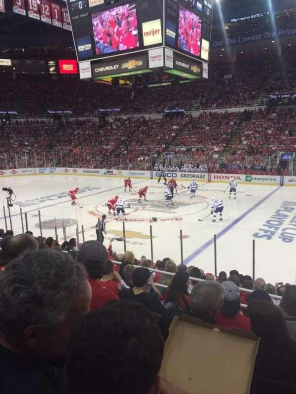 Joe Louis Arena, section: 120, row: 16, seat: 11