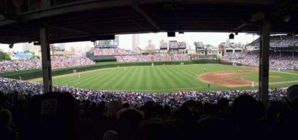 Wrigley Field, section: 208, row: 11, seat: 22