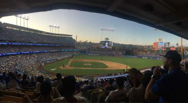 Dodger Stadium, section: 122LG, row: R, seat: 4