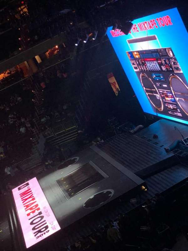Capital One Arena, section: 218, row: A, seat: 1