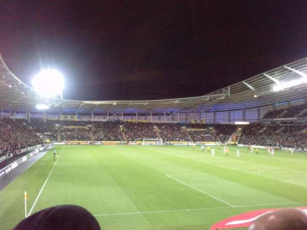 Craven Park, Hull, section: N6, row: P, seat: 0208