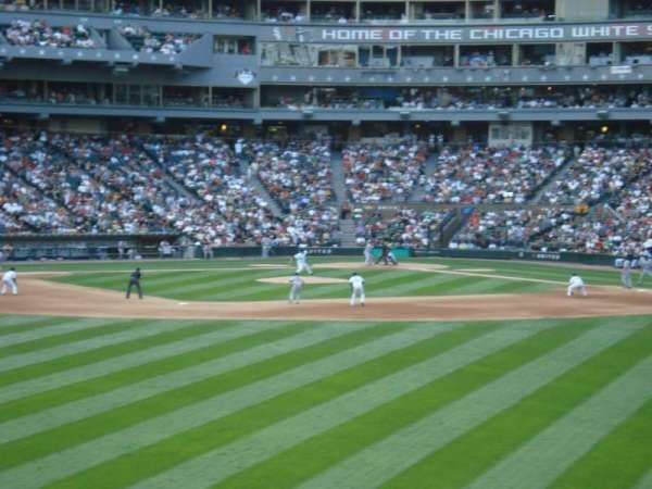 Guaranteed Rate Field, section: 161