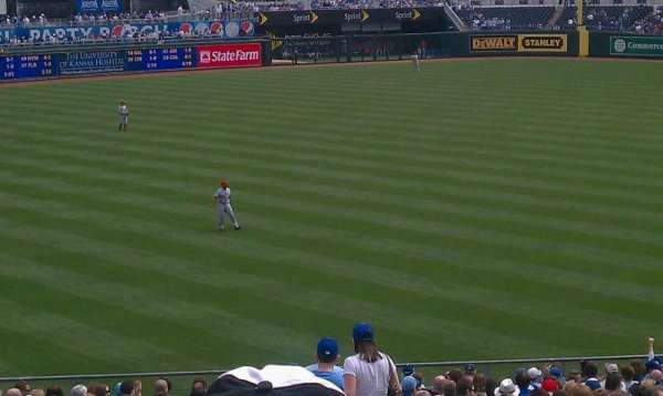 Kauffman Stadium, section: 209, row: KK, seat: 13
