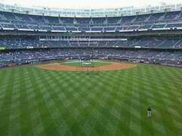 Yankee Stadium, section: Center Field