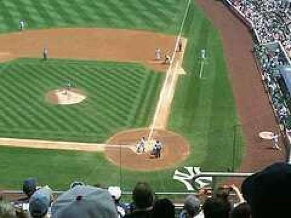 Yankee Stadium, section: 321, row: 5, seat: 9