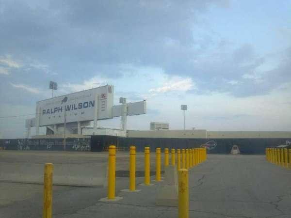 Highmark Stadium, section: Gate 4