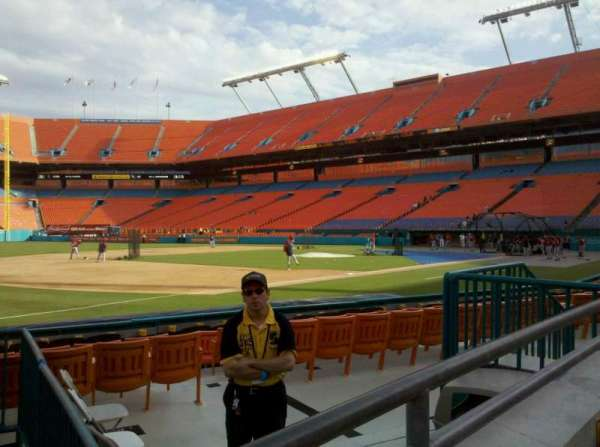 Hard Rock Stadium, section: 102, row: A