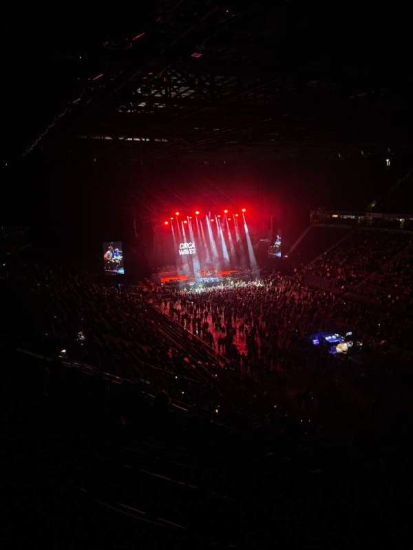 AO Arena, section: 206, row: L, seat: 17
