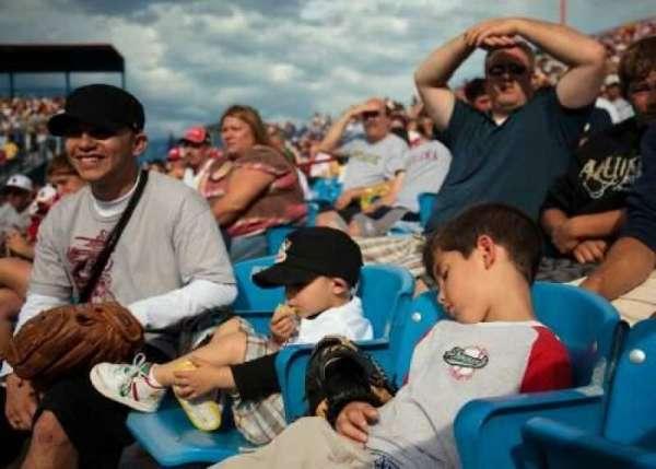 Rosenblatt Stadium, row: 1, seat: 4