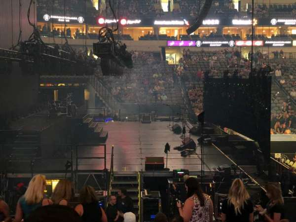 American Airlines Center, section: 121, row: O, seat: 8