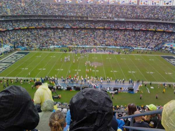San Diego Stadium, section: V6, row: 9