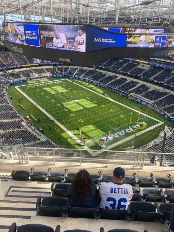 SoFi Stadium, section: 550, row: 6, seat: 20
