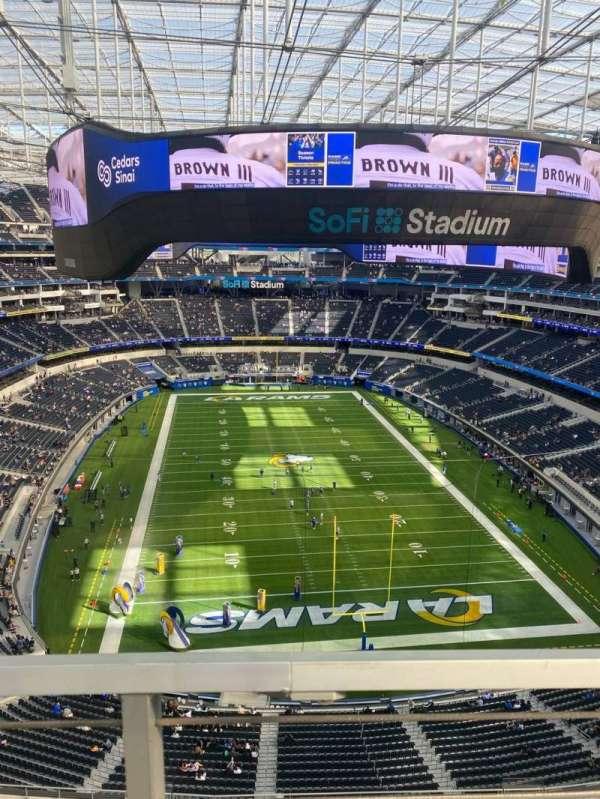 SoFi Stadium, section: 457, row: 1, seat: 17