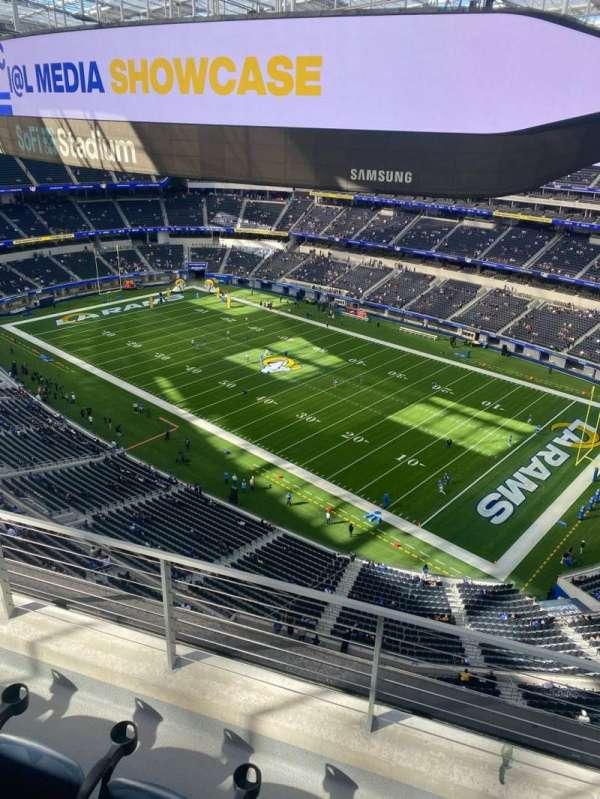 SoFi Stadium, section: 421, row: 3, seat: 3
