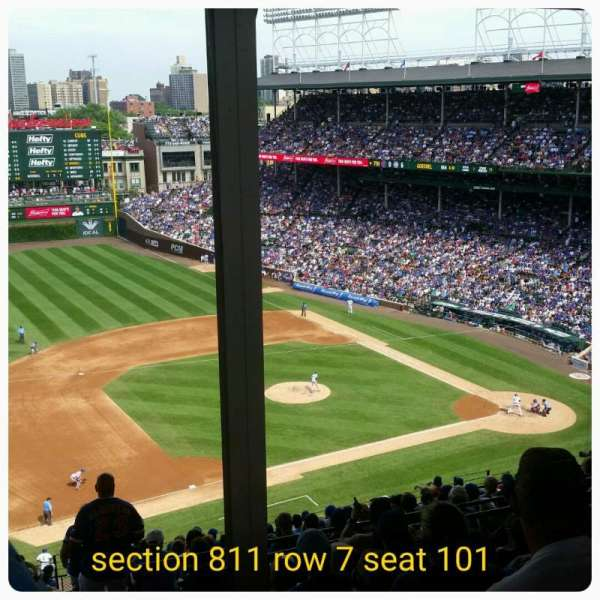 Wrigley Field, section: 409L, row: 7, seat: 22