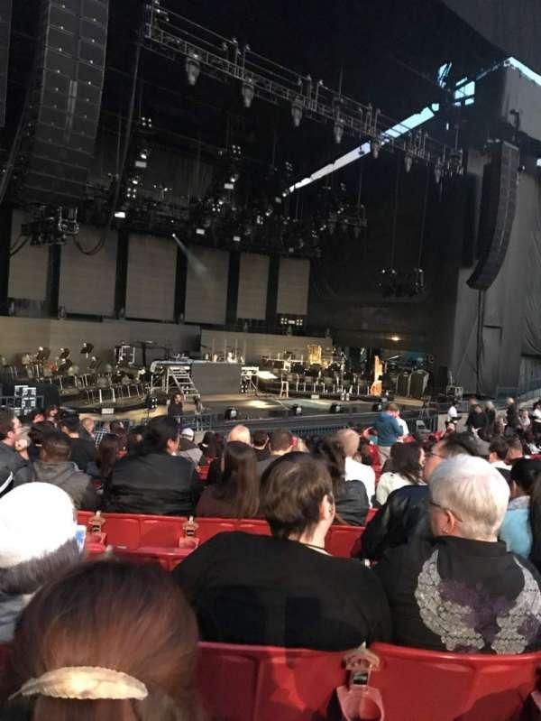 Shoreline Amphitheatre, section: 103, row: L, seat: 11