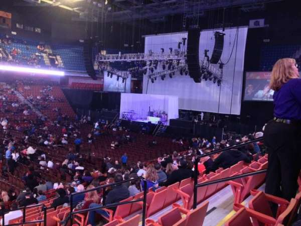 Mohegan Sun Arena, section: 17, row: R, seat: 6