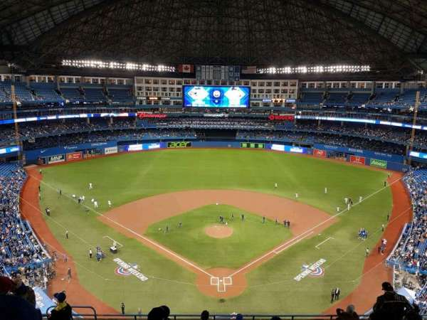 Rogers Centre, section: 524BR, row: 10, seat: 7