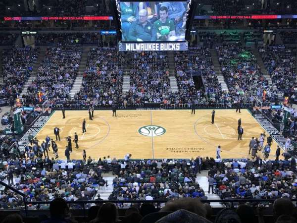 BMO Harris Bradley Center, section: 400, row: F, seat: 9