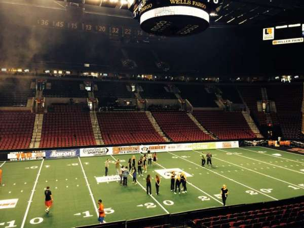 Moda Center, section: 102, row: R, seat: 9