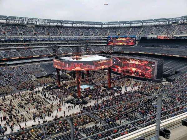 MetLife Stadium, section: 317, row: 2, seat: 25