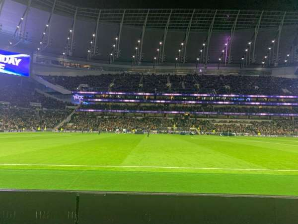 Tottenham Hotspur Stadium, section: 122, row: 2, seat: 678