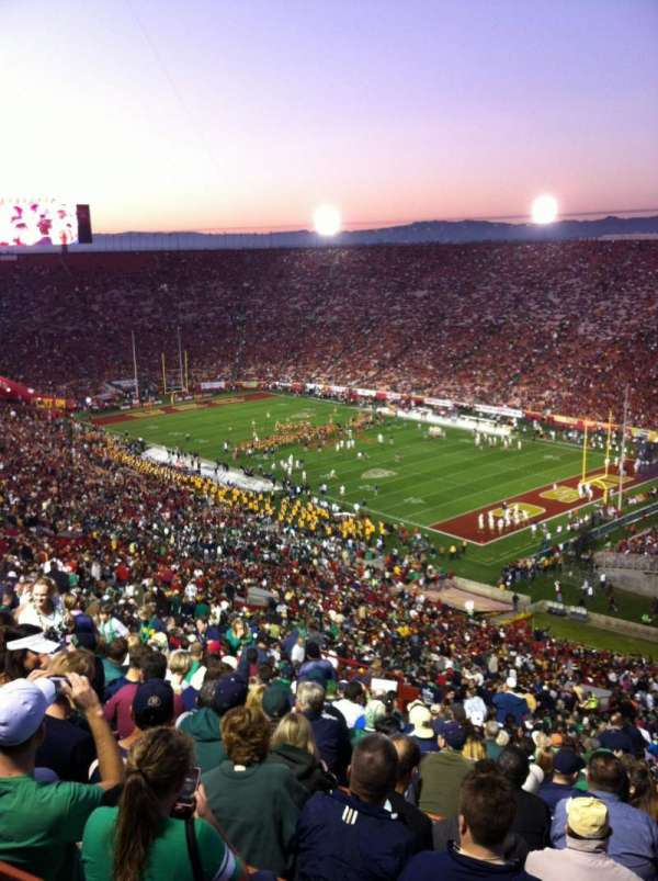 Los Angeles Memorial Coliseum, section: 301, row: 25, seat: 44