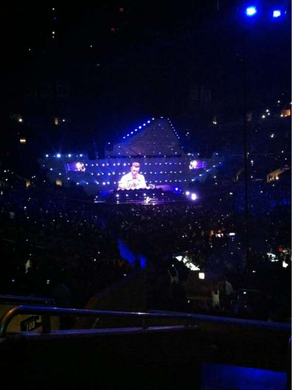 Staples Center, section: 209, row: 7, seat: 16