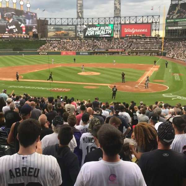 Guaranteed Rate Field, section: 135, row: 24, seat: 7