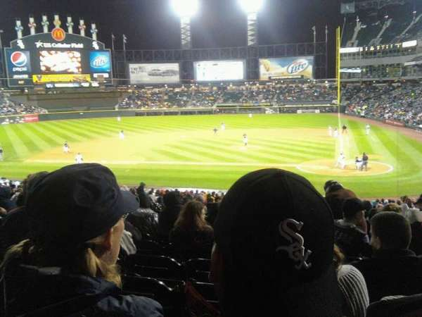 Guaranteed Rate Field, section: 137, row: 25, seat: 5