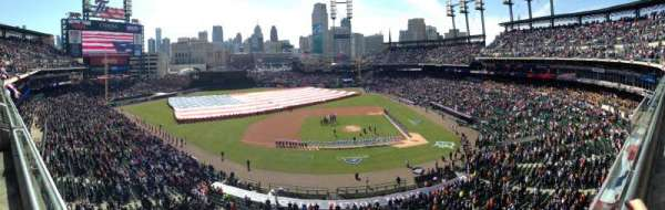 Comerica Park, section: 333, row: A, seat: 4